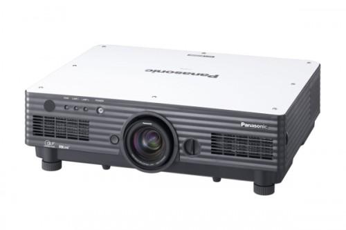 Panasonic 6000 ANSI lumen - XGA